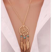 Traumfänger Halskette mit türkisen Perlen